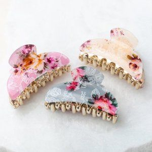 Aili's Corner Light Gray & Pink Floral Hair Clamp
